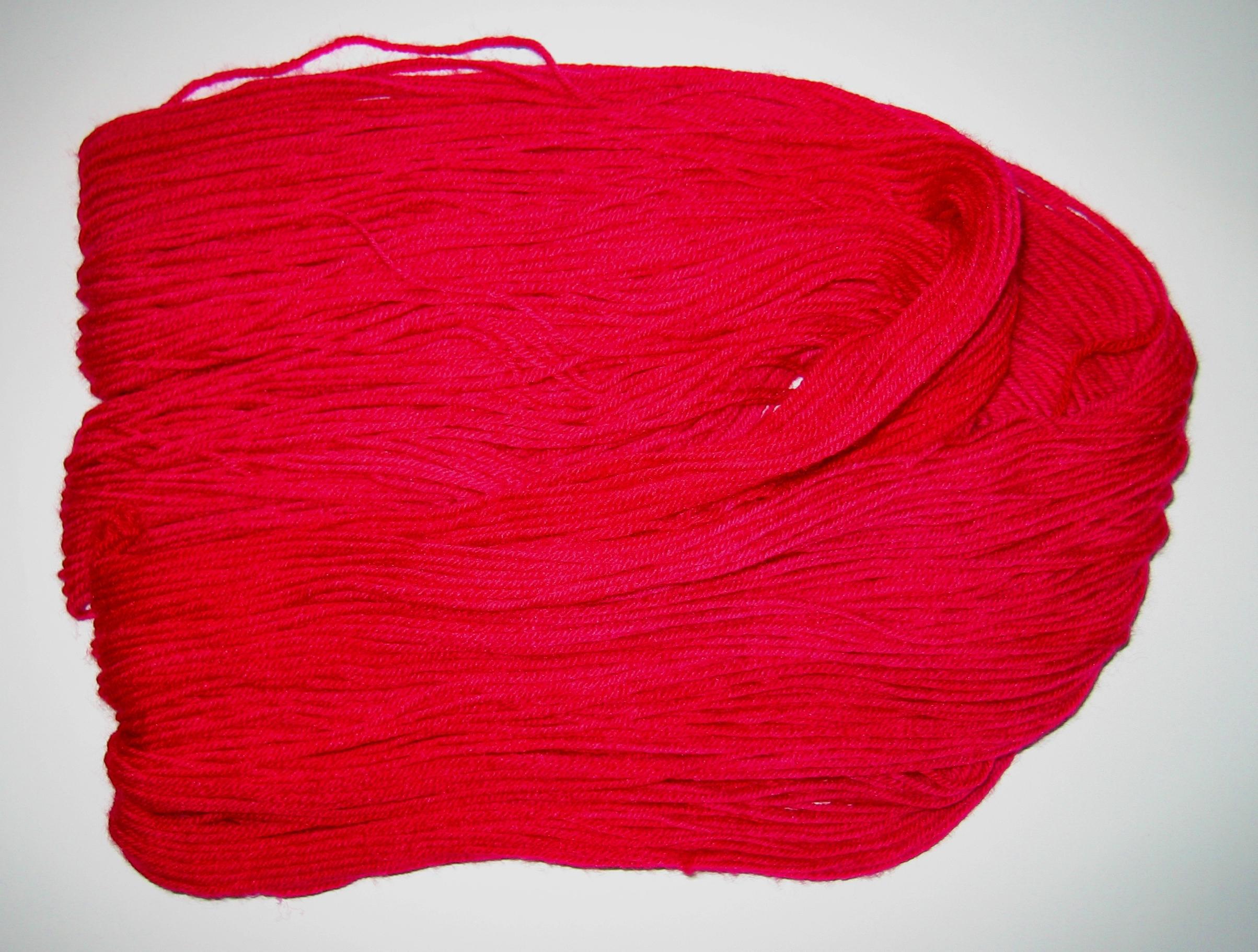 garnyarn-håndfarvet-garn-tynd-merino-nylon-heritage-moerkbaerpink