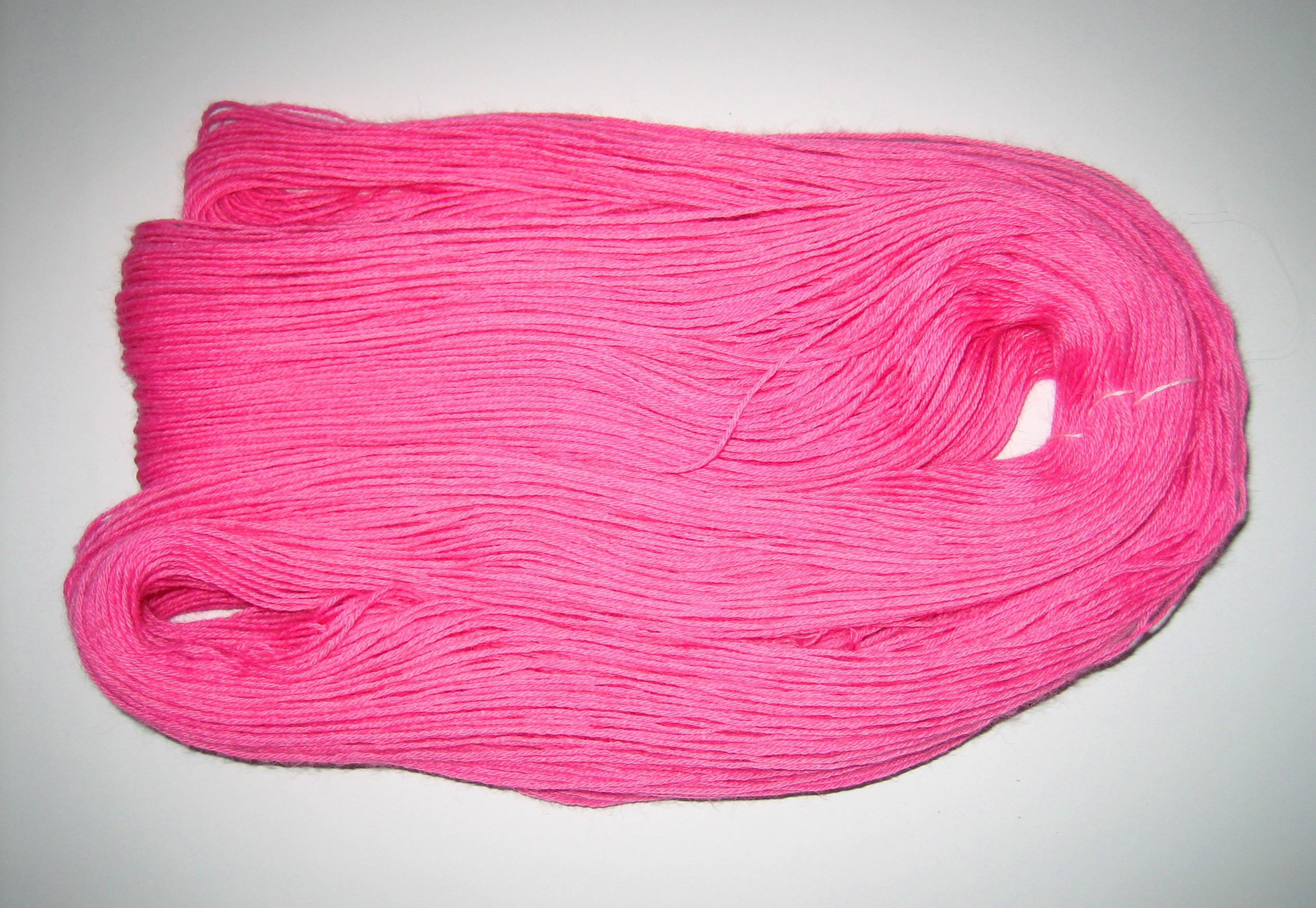 garnyarn-håndfarvet-garn-tynd-babyalpaka-lyseroed