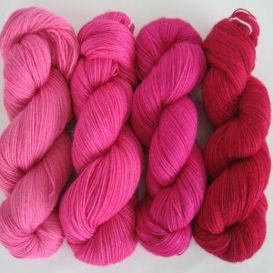garnyarn-håndfarvet-garn-tynd-babyalpaka
