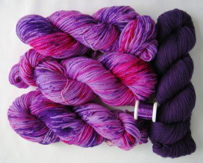 garnyarn-bykaae-haslevsjalet-haandfarvet-merinould