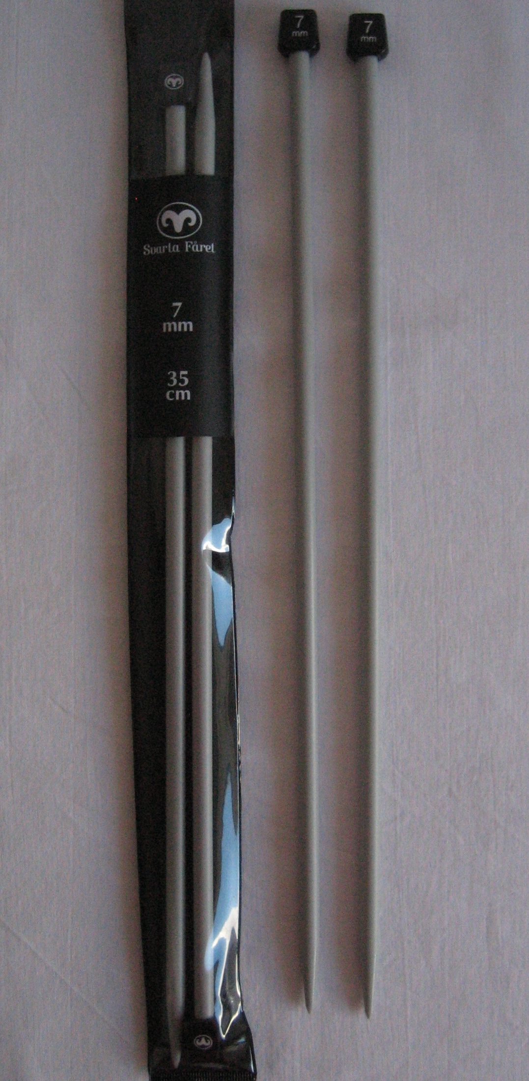 svartafaaret-plast-jumperpinde-35cm-7mm